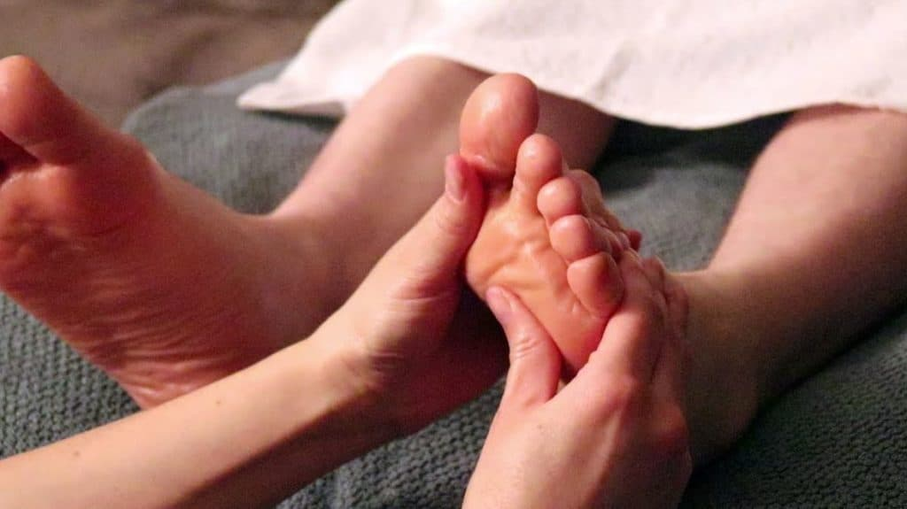 ASMR feet